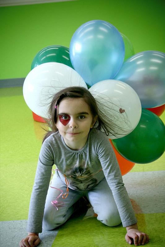 CPSC-CS-fille-ballons